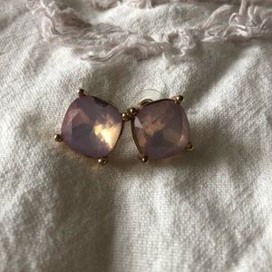 Jewelry - LILAC STONE 💕 stud earrings